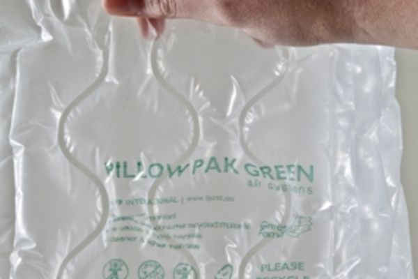 FP International lance Pillow Pak Green